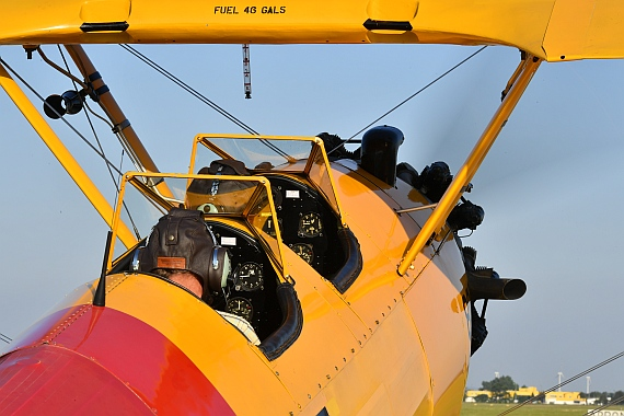 DSC_0998 Closeup Cockpit Boeing Stearman Foto Huber Austrian Wings Media Crew