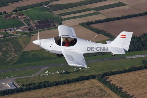 Igo Etrich Treffen Krems 2016 OE-CNH Air2Air AirtoAir Air to Air 20160813_0757_LOAG_Foto David Wildberger