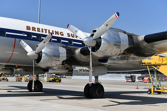 DSC_0197 HB-RSC Breitling Super Constellation Foto Huber Austrian Wings Media Crew Triebwerke