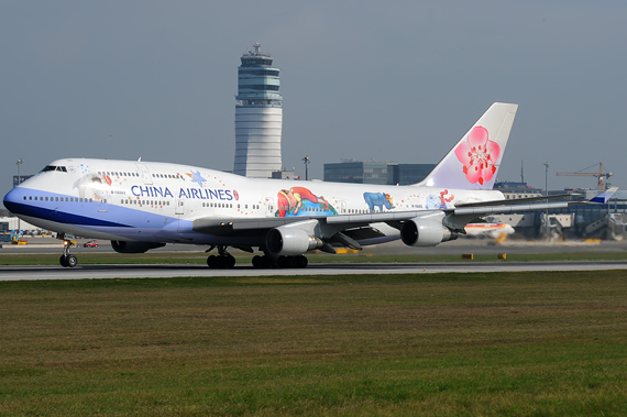 China Airlines Boeing 747-400 Foto Austrian Wings Media Crew china-airlines-sonderlackierung-start