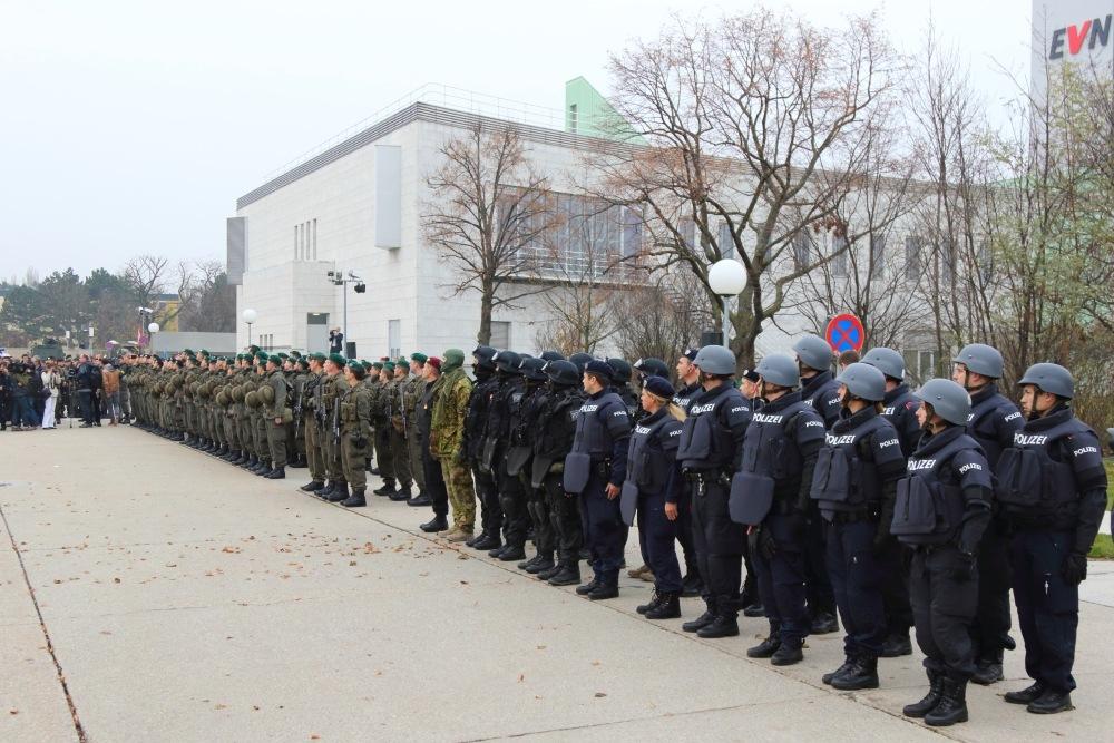 fotobericht: große anti-terror-Übung von flugpolizei und