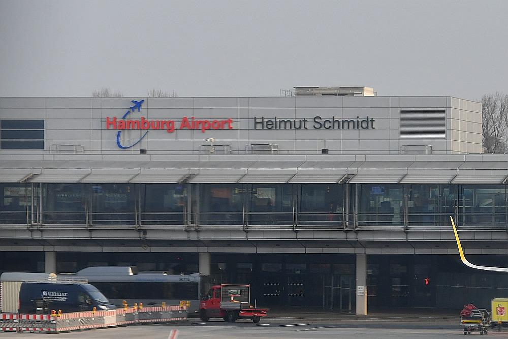 hamburg airport baut neues betriebsgeb ude f r. Black Bedroom Furniture Sets. Home Design Ideas
