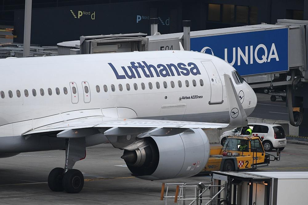 Lufthansa streicht 800 Flüge wegen Warnstreiks