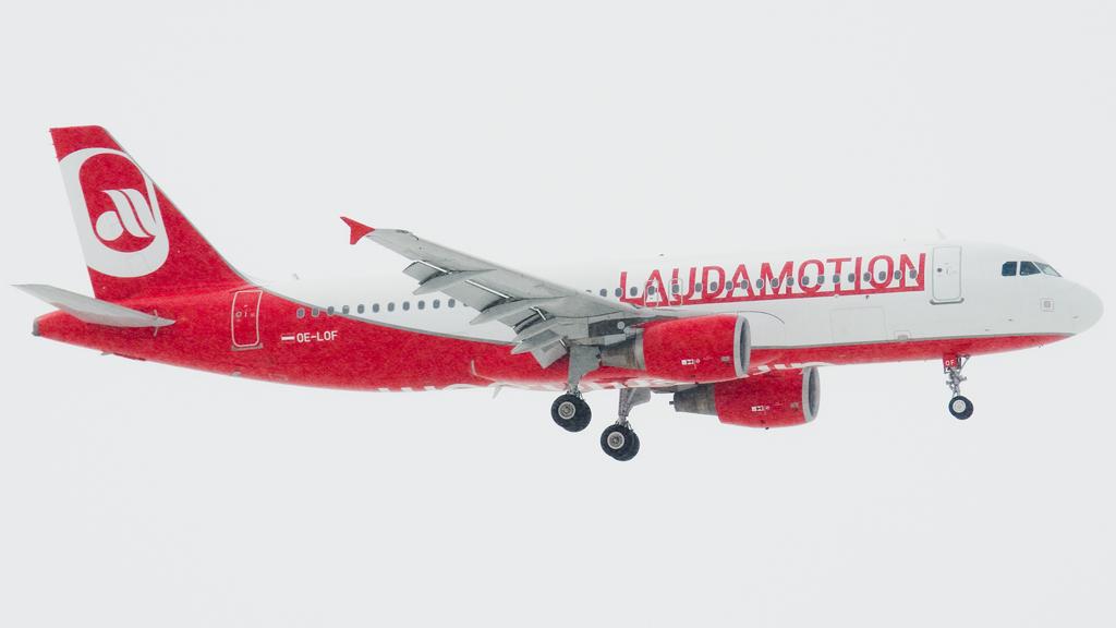 Billigfluglinie Ryanair steigt bei Laudamotion ein