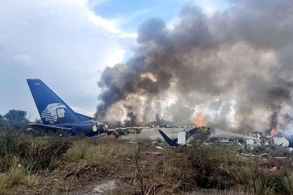 Flugzeug mit mindestens 100 Menschen in Mexiko abgestürzt - alle überlebten