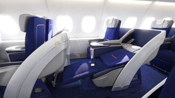 neue first class an bord der lufthansa a380 austrian wings. Black Bedroom Furniture Sets. Home Design Ideas