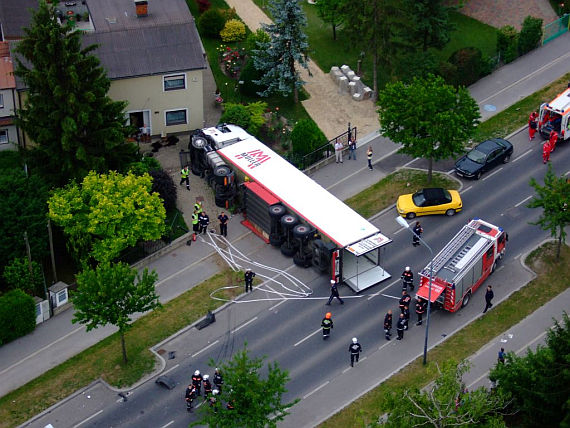 Luftaufnahme vom Unfallort - Foto: ÖAMTC (Christophorus 9)