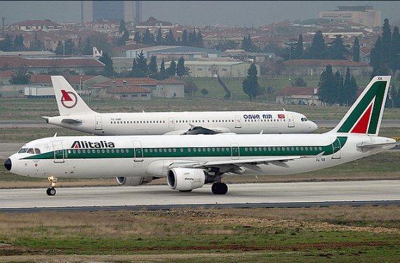 Der betroffene A321, I-BIXA - Foto: Konstantin von Wedelstaedt