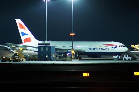 Die Boeing 767-300 der British Airways, die sich momentan in Wien befindet - Foto: Mario Schmidt