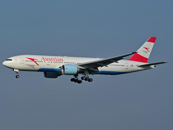 Boeing 777 der AUA im Landeanflug - Foto: P. Radosta / Austrian Wings