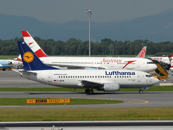Lufthansa Boeing 737-300 in Wien - Foto: Austrian Wings Media Crew