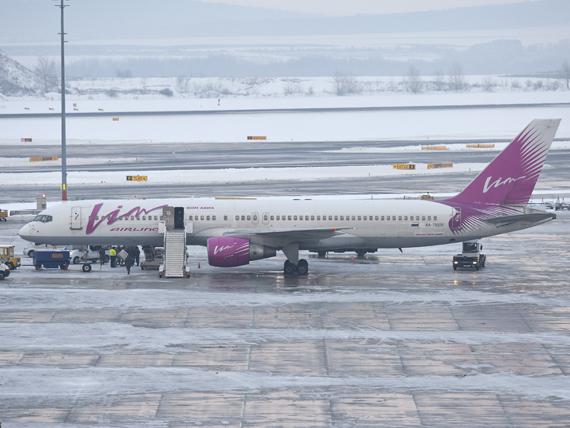 Die nun mit Flugverbot belegte VIM Airlines war auch schon in Wien zu Gast - Foto: P. Radosta / Austrian WIngs