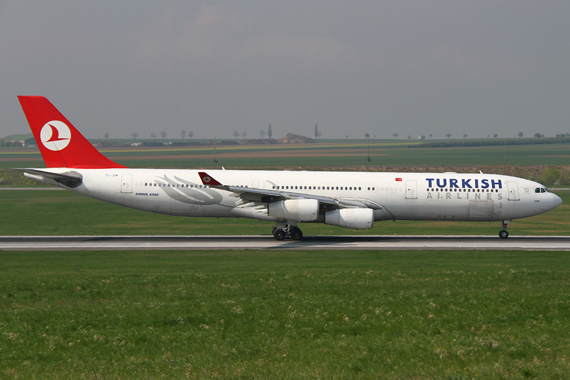 Turkish Airlines Airbus A340-300 - Foto: R. Reiner