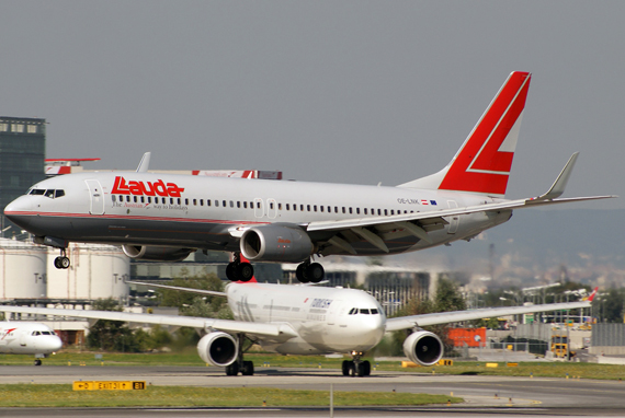 AUA Boeing 737-800 in den Farben von Lauda Air - Foto: Austrian Wings Media Crew