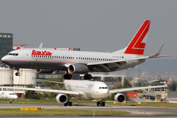 """Zu den Ferienzielen in Ägpyten setzt Austrian ihre Boeing 737 ein; die Flüge werden unter der Marke """"Lauda Air"""" angeboten - Foto: R. Reiner / Austrian Wings"""
