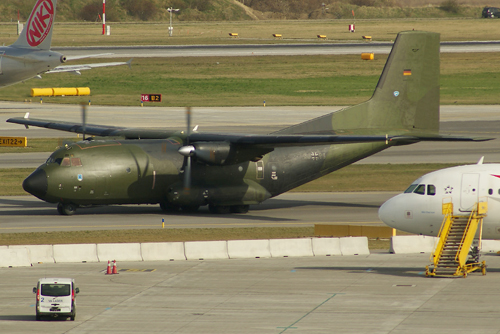 Zwei Flugzeuge vom Typ Transall wurden nach Libyen entsandt - Foto: R. Reiner / Austrian Wings