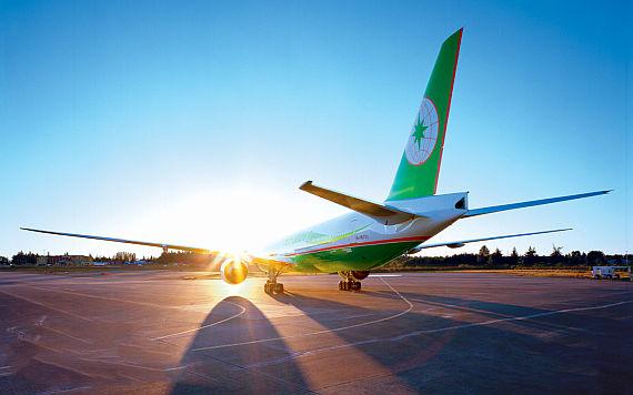 Eva Air fliegt mit Boeing 777-300ER von Wien über Bangkok nach Taipeh