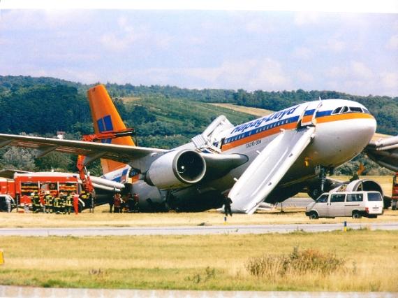 Hapag-Lloyd 소속 3378편 항공기(A310)